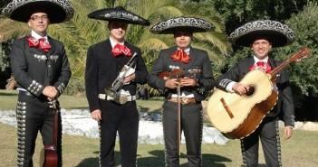 comicos-mariachis