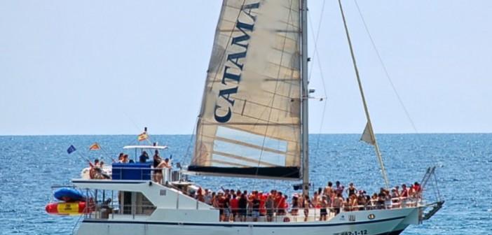 despedidas-fiesta-catamaran-lloret