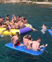 fiesta-catamaran-colchonetas